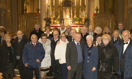 San Giuseppe benedice i matrimoni