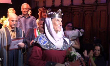 PIANEZZA – Primeggia Susa alla prima edizione della 'dama dei Castelli del Piemonte' (FOTO e VIDEO)