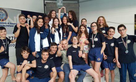 Nuoto pinnato, a Sondrio primo posto e incetta di medaglie per lo Sport Club Venaria (FOTO)