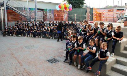 """VENARIA – Il vescovo Nosiglia inaugura 3 nuove aule alla 'Barolo': """"Insieme siamo il cambiamento"""" (FOTO)"""